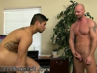 The normal size for a twink first time Pervy chief Mitch Vaughn | first   spanking   twinks