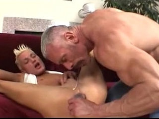 Daddy Plays With His Twink dads lap.blogspo | anal top   daddy   twinks